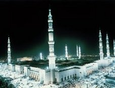 Prophet's Mosque in Madinah Click to view high resolution version